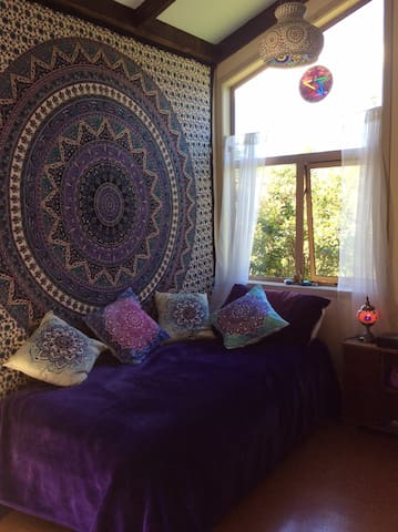 day bed for meditation and relaxation
