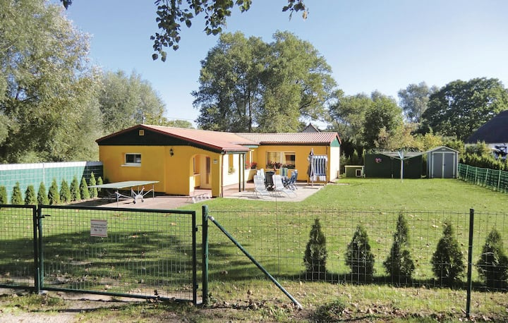 Stunning home in Ummanz with 2 Bedrooms