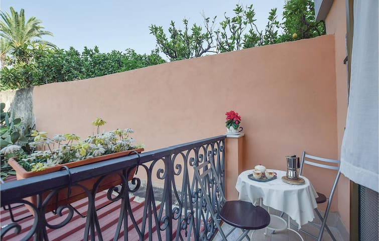 Holiday apartment with 1 bedroom on 50m² in Pompei (NA)