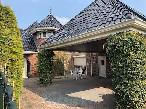 Luxe appartement in een prachtige villa
