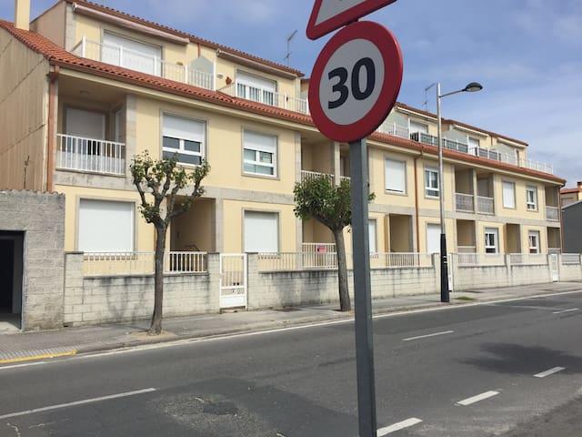 Apartamento en Aguiño - Рибейра - Квартира