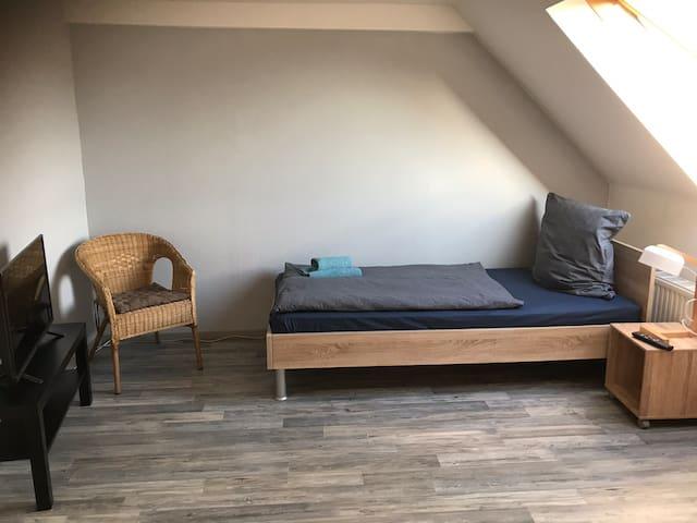 Zimmer Nr 1. für eine Person.