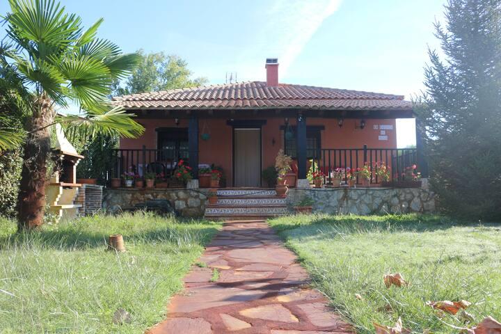 Casa muy acogedora en plena naturaleza. - Ciudad Rodrigo - House