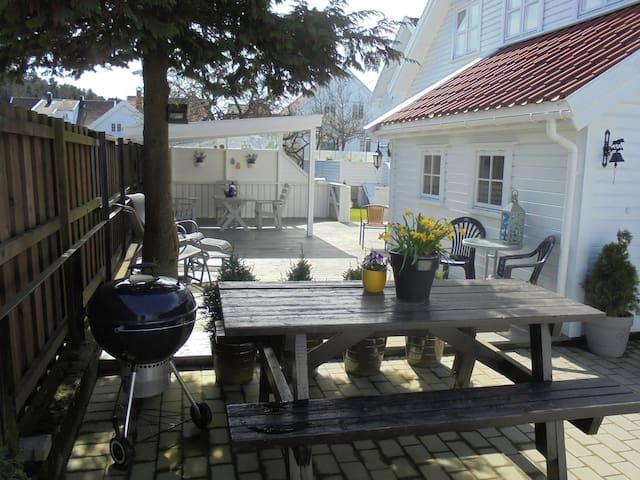 Villa Thomsen - Mandal - Apartment