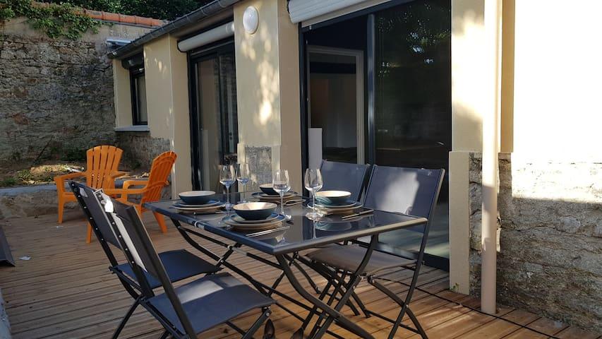 L'atelier et sa terrasse