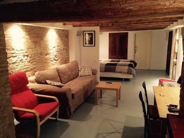 Beautiful apartament in the center of Barcelona