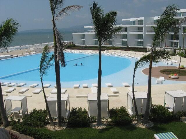 Beachfront 3 bedroom ,Riviera Nayarit