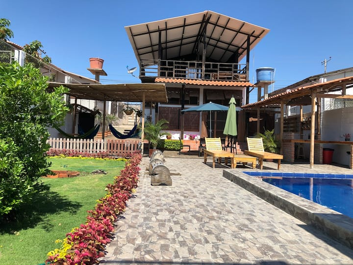 Casa rústica en General Villamil Playas