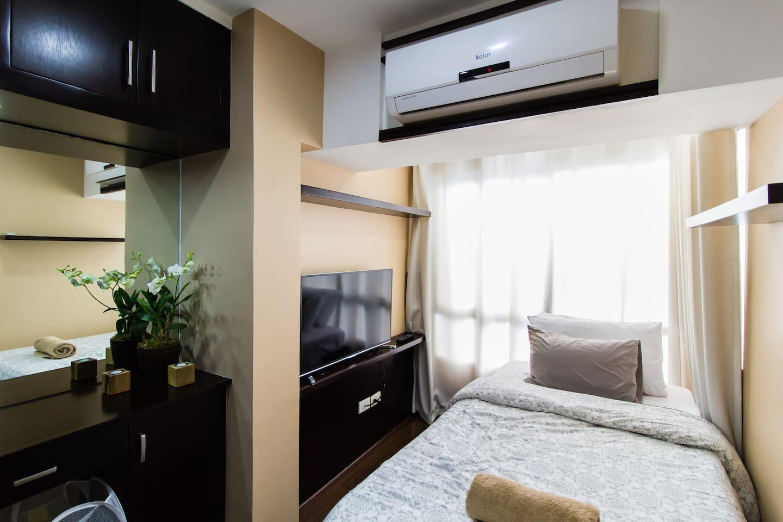 bedroom 1 vanity & bed (private room w/ locked door)