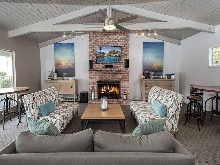 A home you will love | 3BR in Monterey