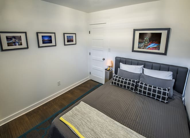 Bedroom #2- London Suite