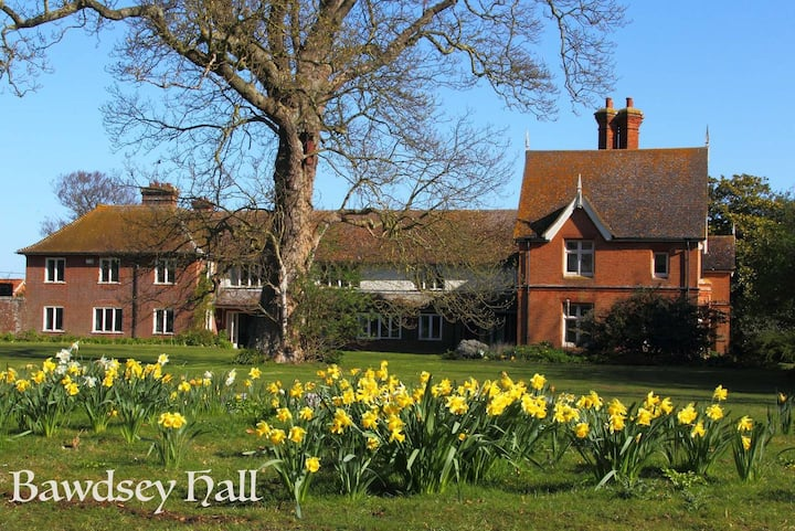Bawdsey Hall - Twin Room with Garden View