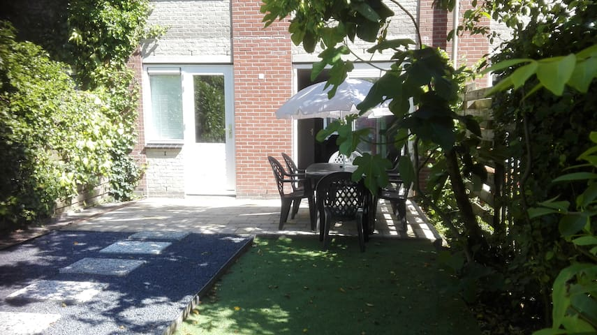 Nice House centrally located, Amsterdam and sea