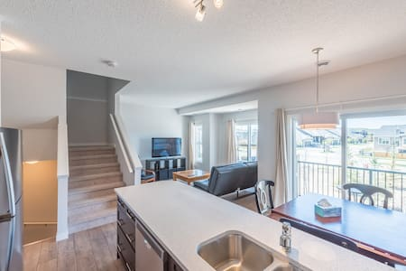 Spacious brand new 2 bedroom townhouse