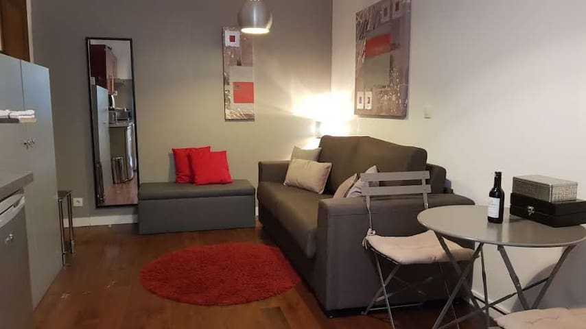 Studio Paris Quartier Saint Placide