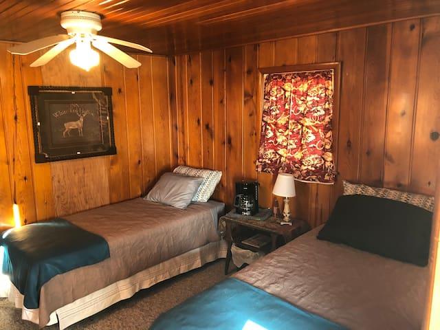 Happy Camper Cabin Six