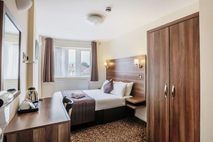 Double Room, Prince Regent Hotel Excel London