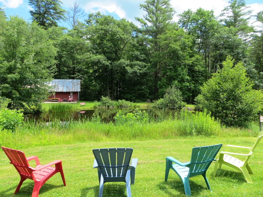 Relax by the pond at Cranmore Mountain Lodge Bed and Breakfast