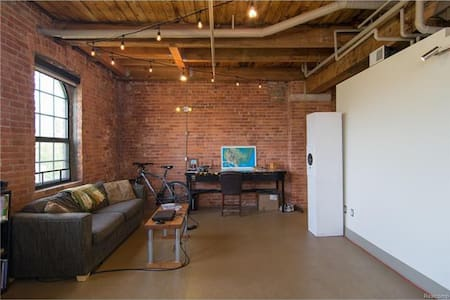 Industrial loft in the heart of downtown Detroit! - Detroit - Loft