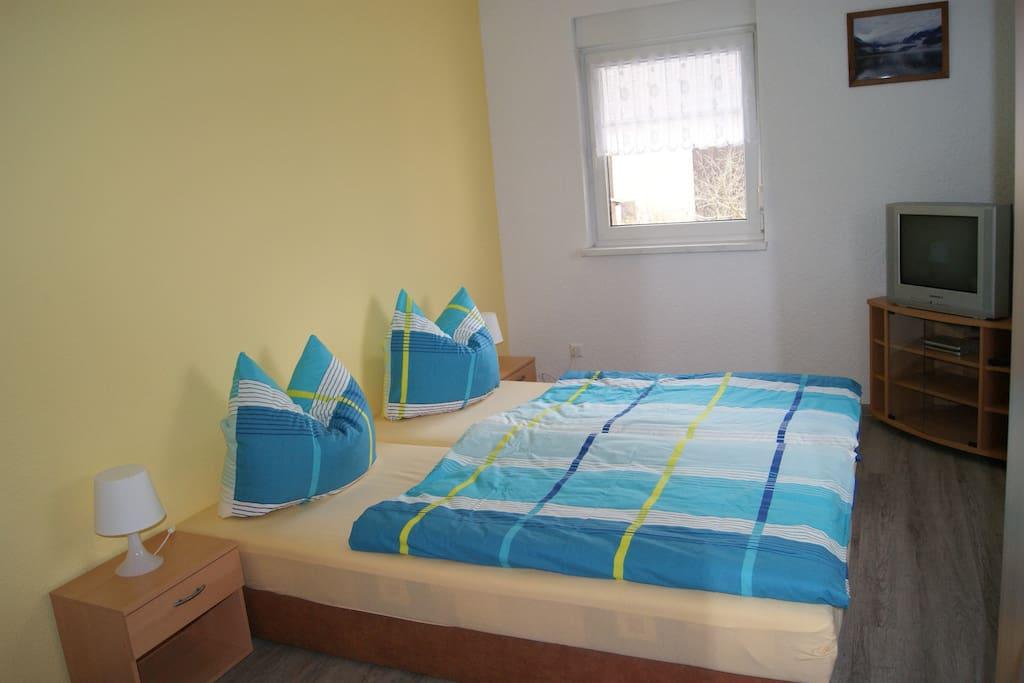 Schlafzimmer 1 (1. Etage)