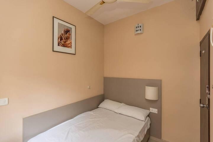Cute Double Room@IDRR - Bangalore - Casa