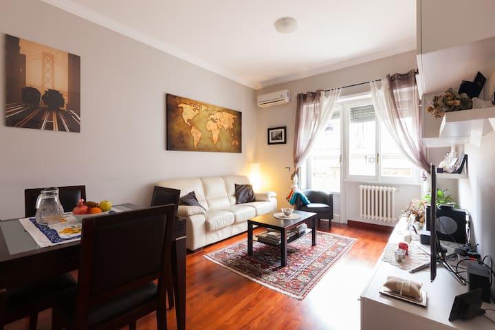 Charming apartment near Gianicolo