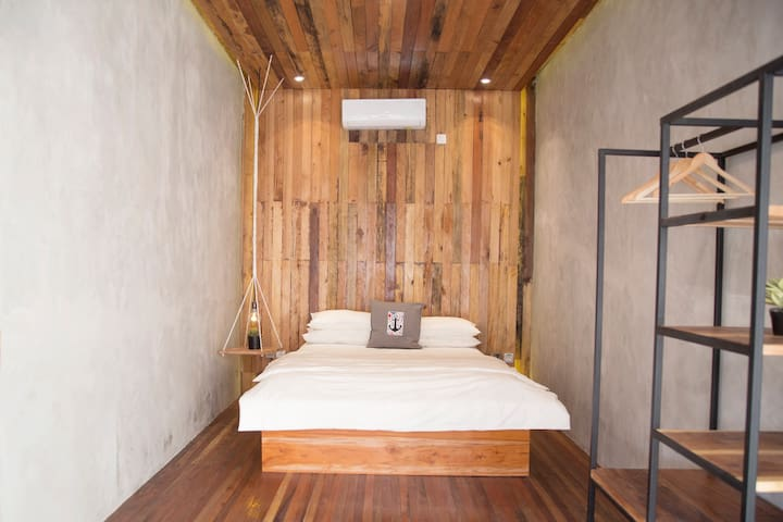 Room n°02