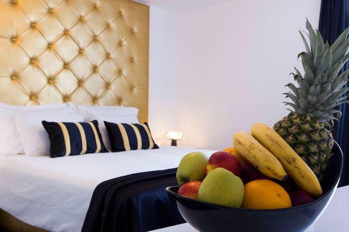Luxury twin or double room