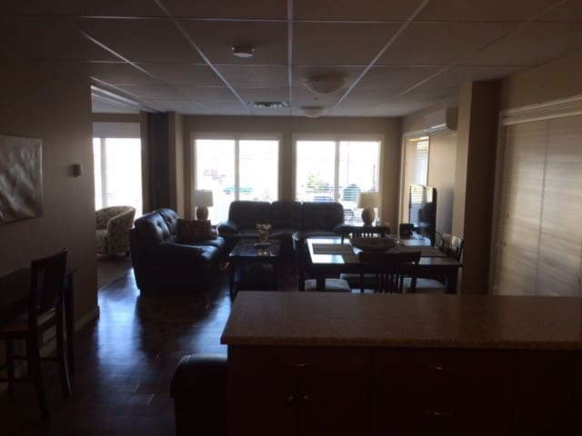 Executive Suite in Leduc near YEG - Leduc