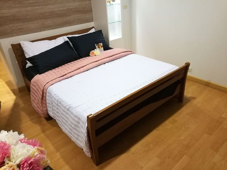 High quality queen sized-bed.