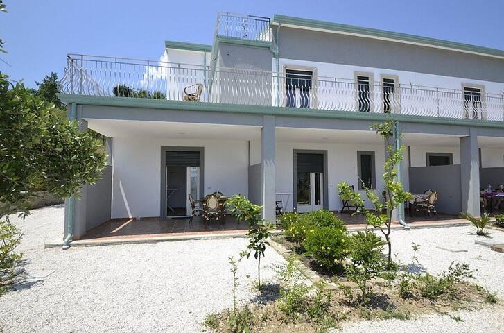Casa Anguria A