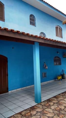 Casa de Hospedes perto da praia.