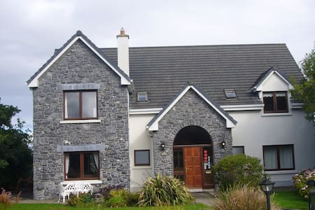 Dough Mor Lodge luxury rental accommodation - Lahinch - Haus