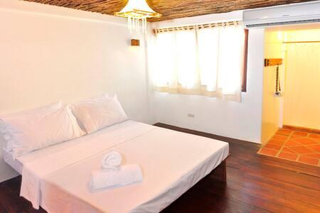 Boracay Coco Huts Family room