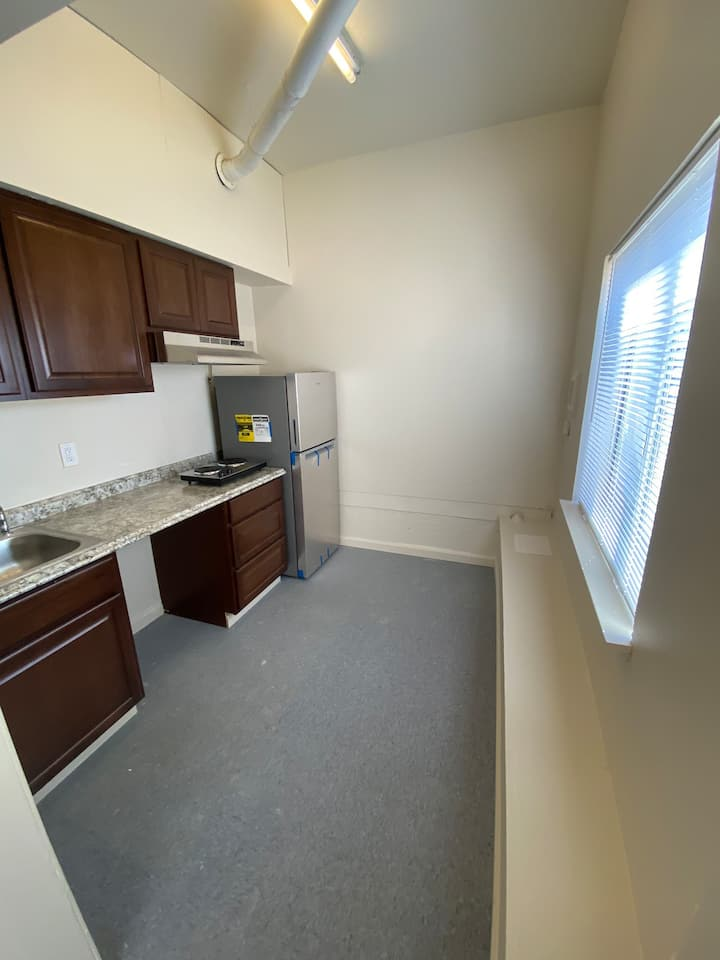 Nicely located Private Studio Apartment
