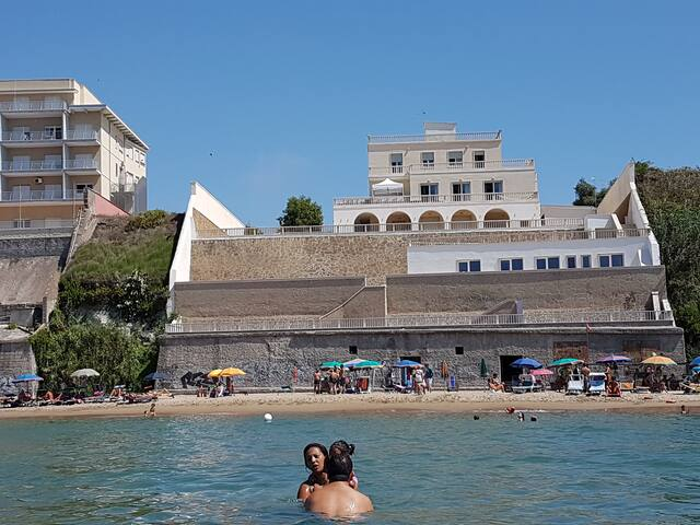 """B & B Il Paradiso sul Mare - stanza """"Capri"""""""