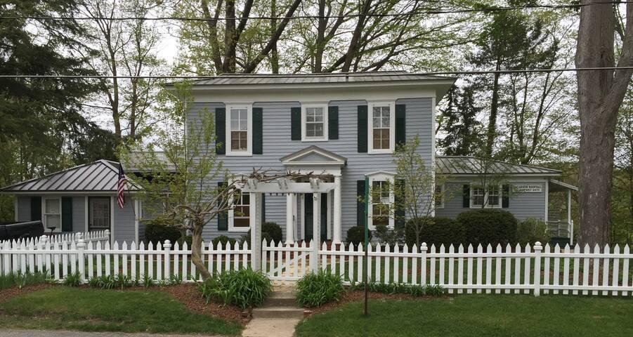 Winslow House - Saugatuck - House