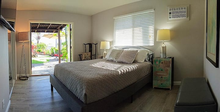 Private Courtyard Suite w/Ocean & Sunset Views!