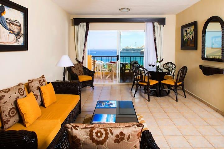 1 Bedroom Suite At Villa Del Palmar Hotels For Rent In Cabo San Lucas