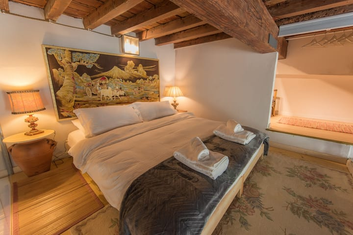 Loft Boutique Suite, Santa Croce, Florence, WIFI