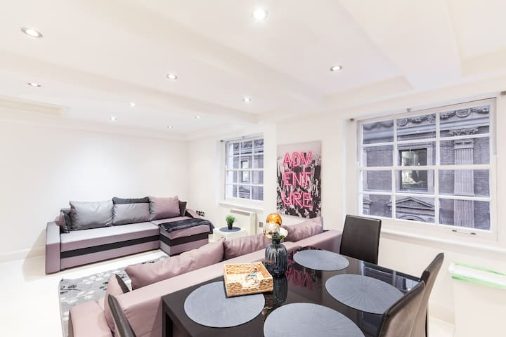 EXQUISITE APARTMENT IN SOHO - COVENT GARDEN!!
