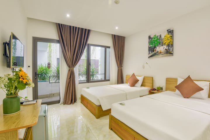 City center twin beds room, Garden view, Gym&Pool