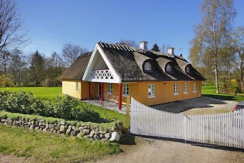 1/2 Countryhouse 25 km from Copenhagen