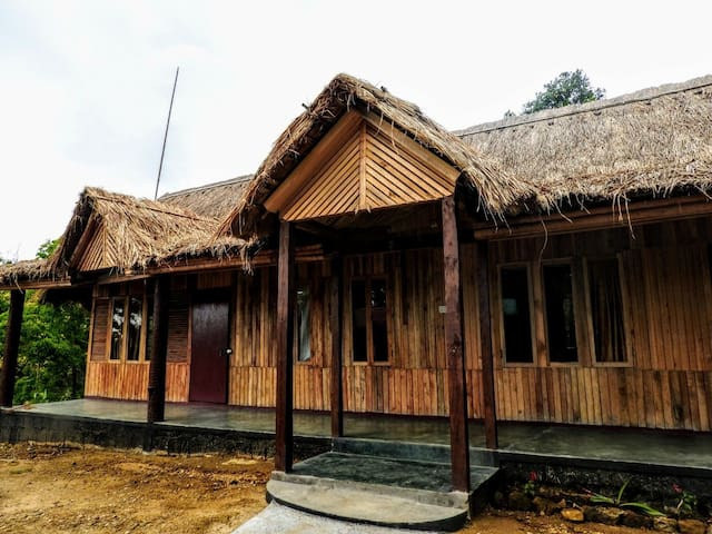 Trep Skum Bamboo Cottage (Entire)