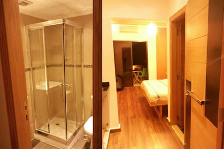 Studio with kitchenette and bathroom in Jbeil - Dorm