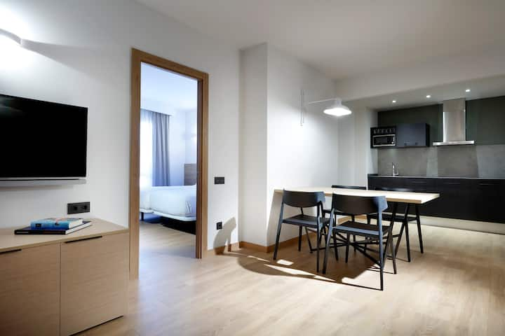 Apartamento acogedor para 6 con piscina y gimnasio