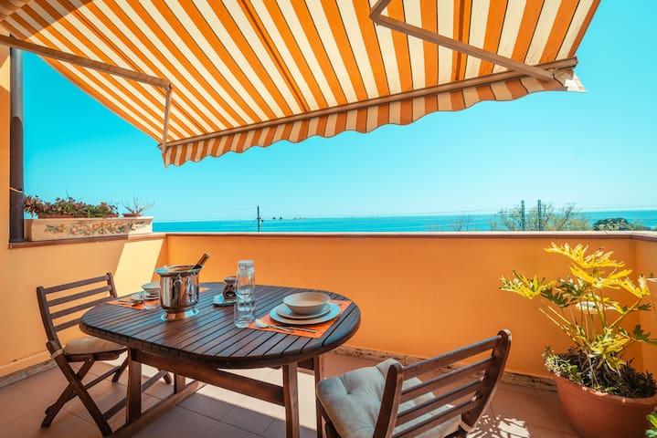 Casa mare con piscina e beachfront