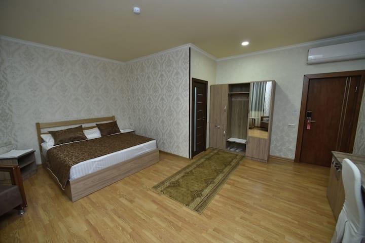 Inga Hotel Yerevan   Number 202