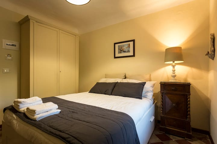 Tenuta del Gelso - Emmellina's room - Catània - Bed & Breakfast
