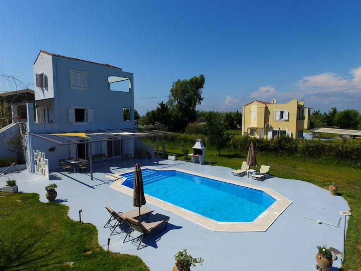 Sea view Villa Aris with private pool(Gyra Villas)